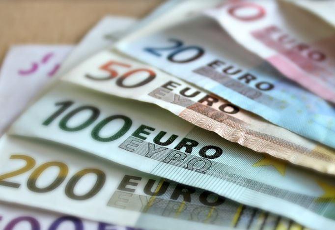 Dalle fogne al caveau della banca: i ladri si portano via 140mila euro - L'Unione Sarda.it