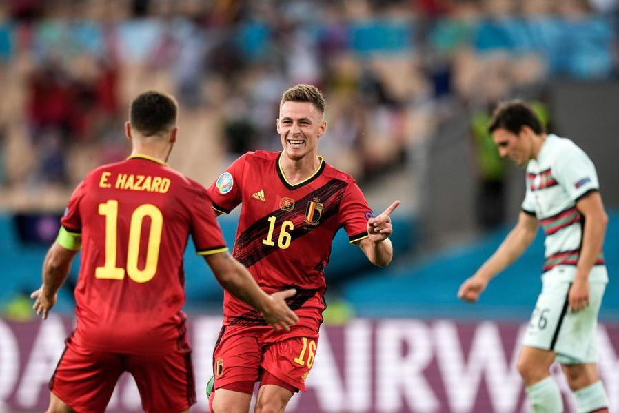 Né Lukaku né Ronaldo, decide Thorgan Hazard: ai quarti di finale sarà Italia-Belgio
