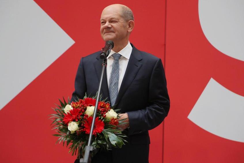 """Unavvocato del lavoro per il dopo-Merkel: chi è Olaf Scholtz, consigliere in pectore della """"coalizione semaforo"""""""