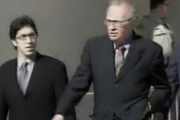Addio alla leggenda del giornalismo tv Larry King