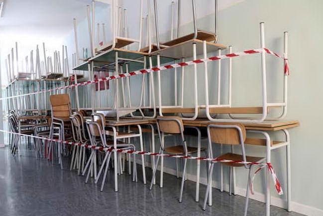Tuttoscuola, rischio didattica a distanza per 9 studenti su 10