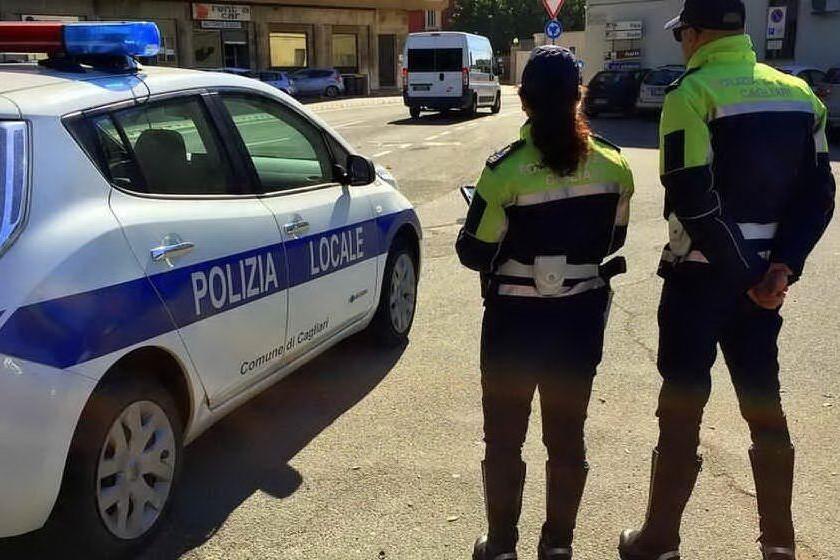 Donna travolta a Cagliari: il pirata della strada è un uomo di 87 anni