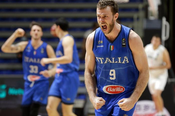 Basket: l'Italia batte la Serbia 102-95 e va all'Olimpiade di Tokyo