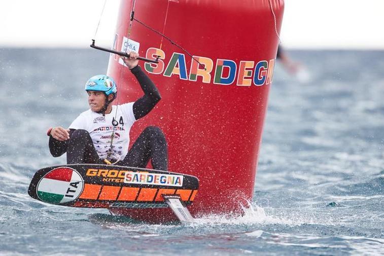 Riccardo Pianosi durante un passaggio in boa al Sardinia Grand Slam (foto concessa da\u00A0IKA)