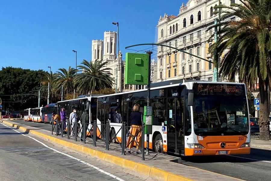Autobus per il Poetto: tutte le novità