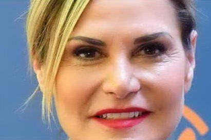 Simona Ventura è positiva al Covid: non sarà alla serata finale di Sanremo VIDEO