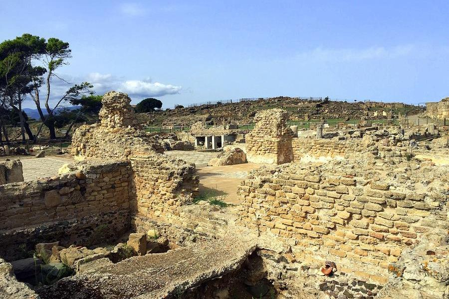 Nora, una meraviglia dell'archeologia sardasepolta per mancanza di fondi