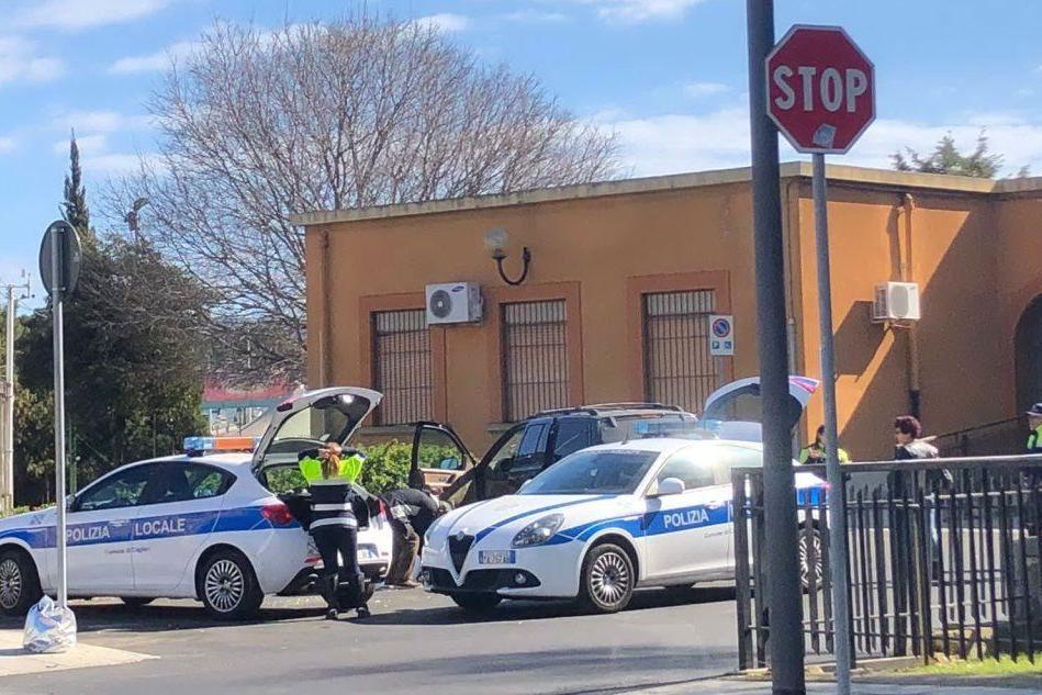 Tragedia a Cagliari, trovato un cadavere in macchina