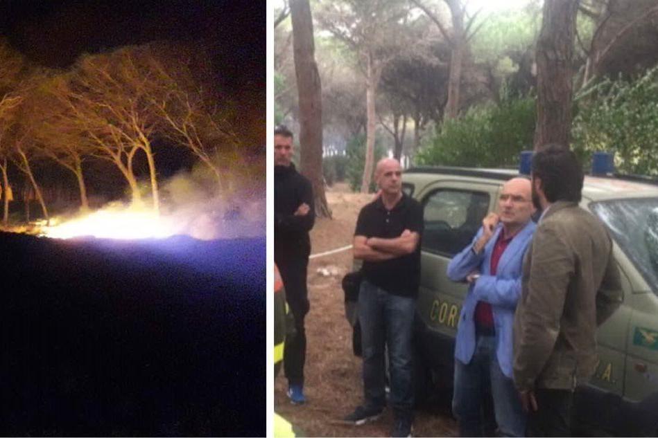A sinistra, le fiamme che hanno attaccato la pineta. A destra, il sopralluogo del procuratore Basso (Foto E.Sanna)