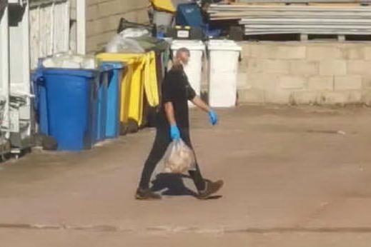 Ripetuti furti al market di Olbia, dipendente denunciato e licenziato