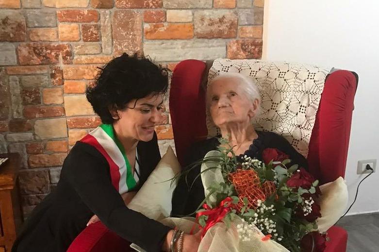 Terza centenaria a Cheremule: auguri a zia Caterina Angela Uras