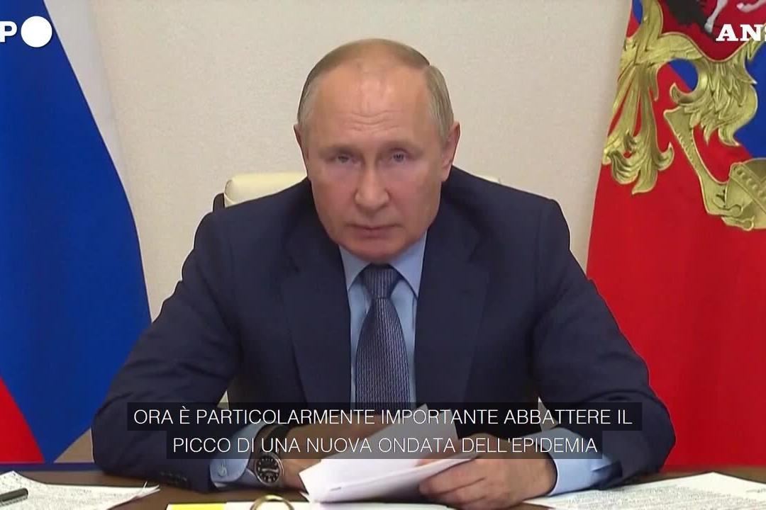 Russia chiude le attività lavorative per 9 giorni e mette in lockdown gli over 60