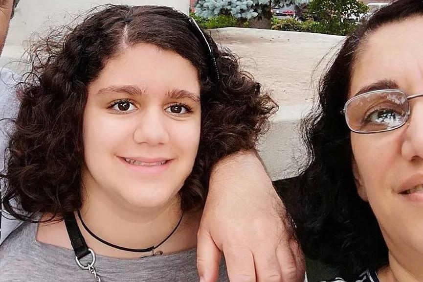 """Madre e figlia 14enne trovate impiccate in casa: """"Porto con me Alessandra"""""""