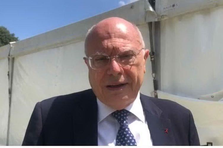 """Massimo Galli: """"Certificato di negatività? Serve solo a complicarsi la vita"""" VIDEO"""