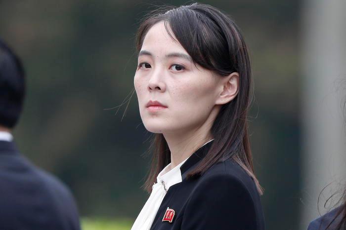 """Seul propone la fine della guerra tra le Coree, la sorella di Kim: """"Idea ammirevole, marimuovere politica ostile"""""""