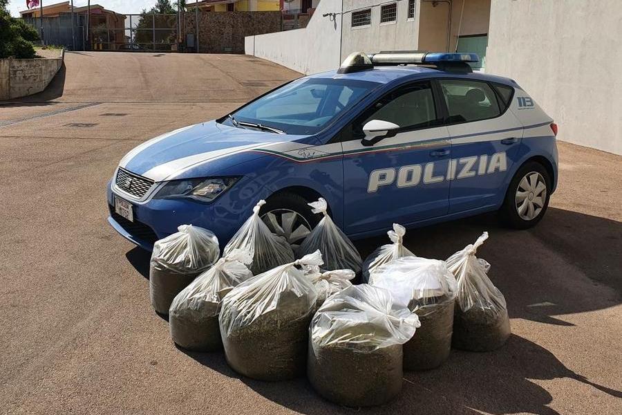 Olbia, 90 chili di marijuana abbandonati nel quartiereBaratta