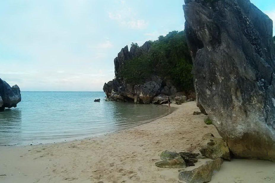 L'isola di Sabitang Laya nelle Filippine