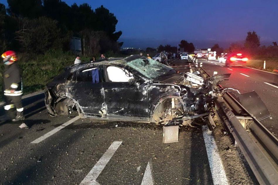 Terribile schianto sulla 554: sequestrata la Porsche di Andrea Cossu