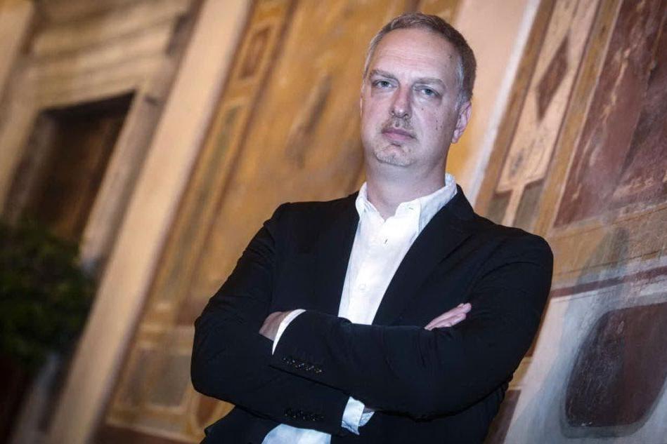 Il premio Strega Antonio Scurati ospite della Scuola di scrittura di Nuoro