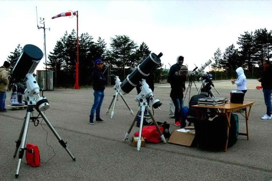 Telescopi all'eliporto di Vallicciola