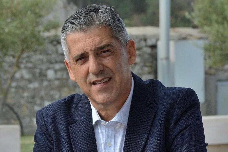 Il sindaco Antonello Perra (Foto Sirigu)