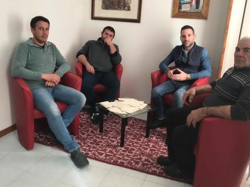 A Silanus i pastori consegnano al sindaco 200 schede elettorali