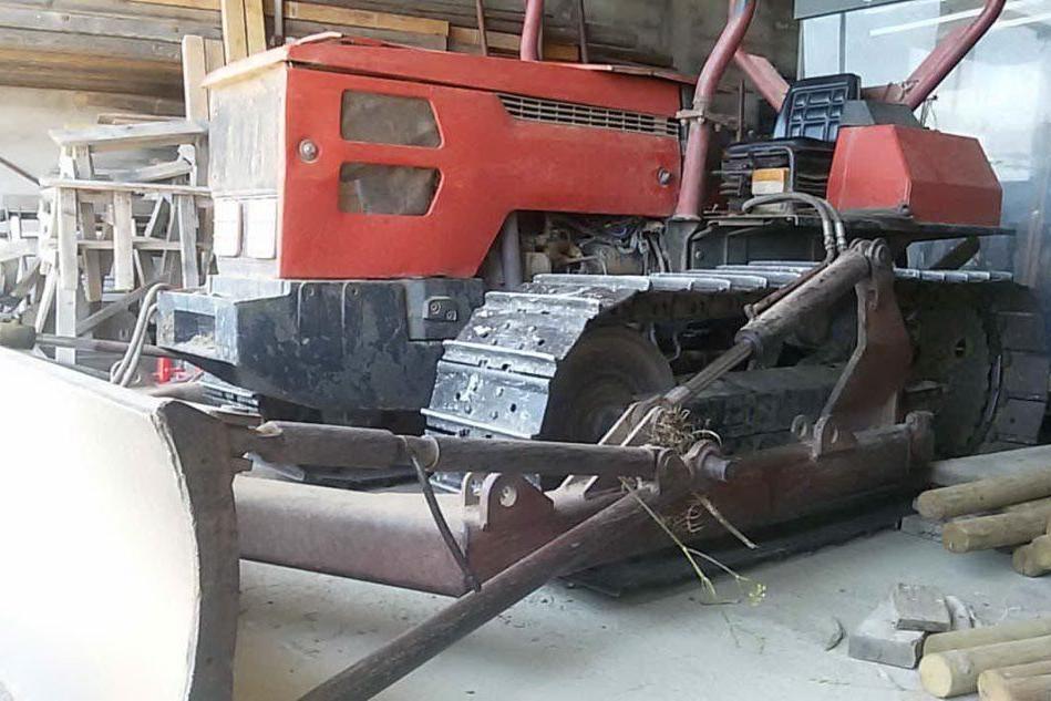 Il trattore rubato (foto Antonio Pintori)